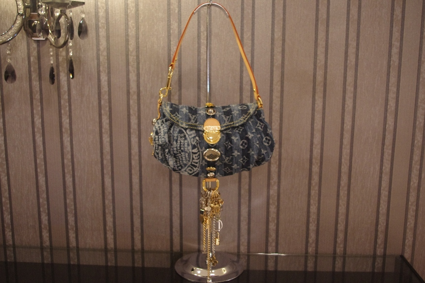 SOLD OUT Brand New Limited Edition Louis Vuitton Denim Mini Pleaty Raye